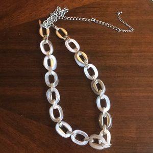 New York & Company Necklace-EUC